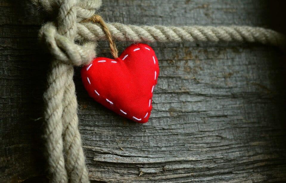 Hechizos de Amor con Nudos